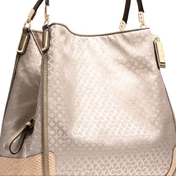 Coach Handbags - NWOT Coach Madison Small Phoebe Handbag